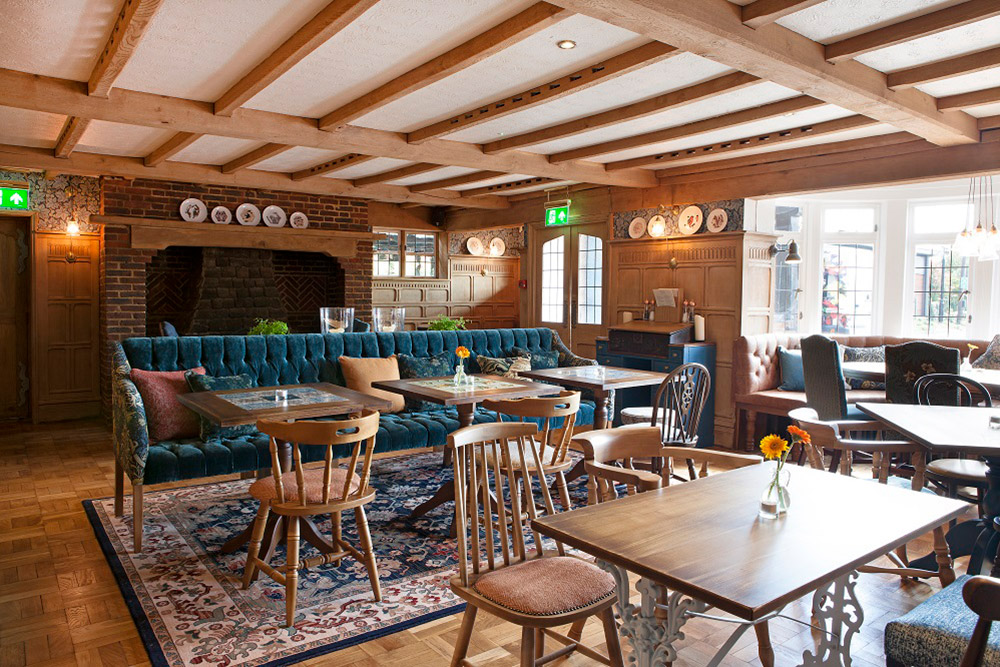 REFURBISHMENT PROJECT OF THE KINGS ARMS IN MELKSHAM